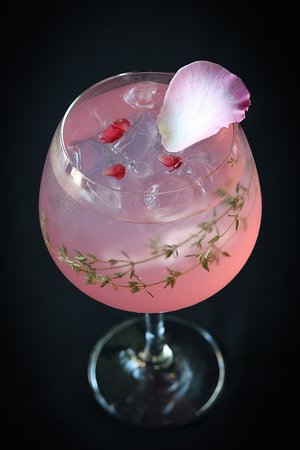 """Chops! Meat & Gin: Valentine Promotion """"GIN N' ROSES"""""""