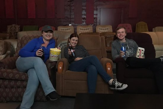 Blue Ridge Movie Lounge