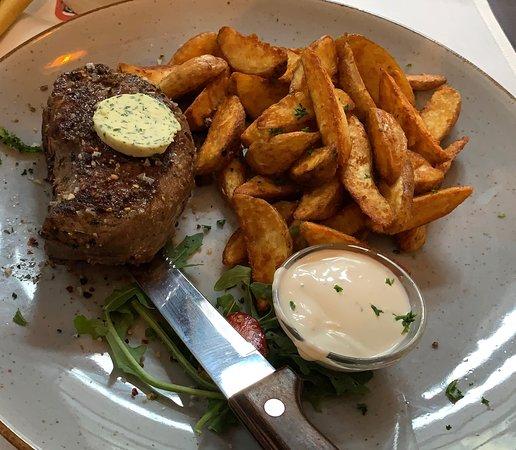 บาเบนเฮาเซน, เยอรมนี: Freitags ist Steaktag, absolut zu empfehlen das Filetsteak mit Wedges und Salat