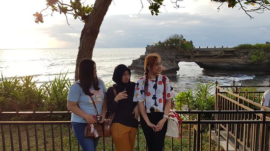 Private Bali Car Hire with Chauffeur: Sunset