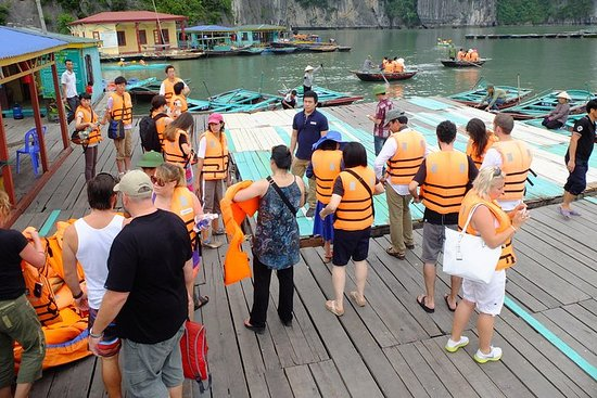 Halong Bay heldags tur - Hurtig...
