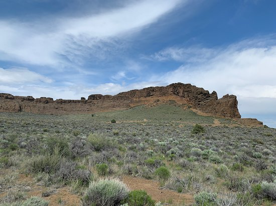 Fort Rock, OR : Massive