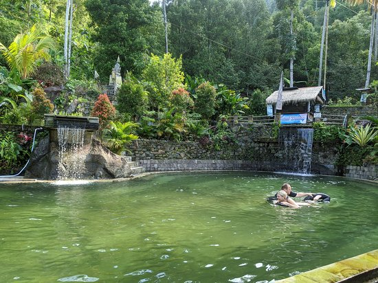 Gitgit, Indonesia: The pools at the bottom