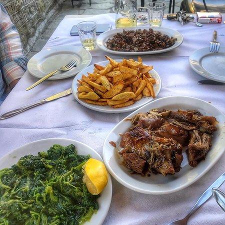 Kefalochori, Греция: ΜΑΝΙΤΑΡΙΑ ΚΑΙ ΝΕΝΕΣ
