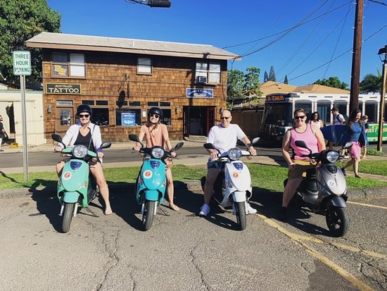 Island Motion Moped rentals