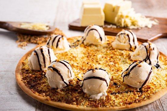 A Pizza Bis é uma alquimia de sabores que há 14 anos oferece um produto exclusivo, elaborado para satisfazer os mais variados paladares.  Nossas massas de pizzas são produzidas todos os dias e além disso, utilizamos uma farinha especial e uma muçarela desenvolvida para nossas receitas.  Através de uma experiência única queremos surpreender você, proporcionando excelência, conforto e exclusividade.  Descubra os sabores exclusivos que só a Pizza Bis tem.  Aproveite este momento único.