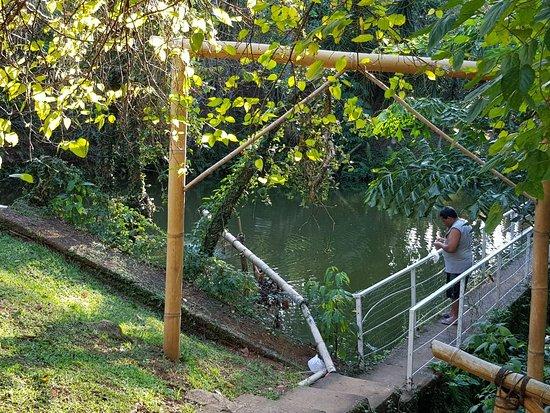 Lago para pesca esportiva.