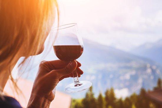 Barreled Breck Wine Tours