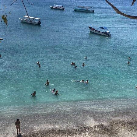 Playa Quesera e isla tortuga / Quesera beach and tortuga island