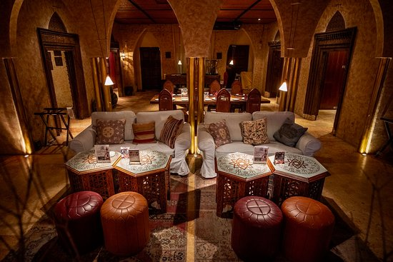 Lounge Sofa Area Middle - Picture Of Fez-Kinara Dining And Lounge, Jakarta - Tripadvisor