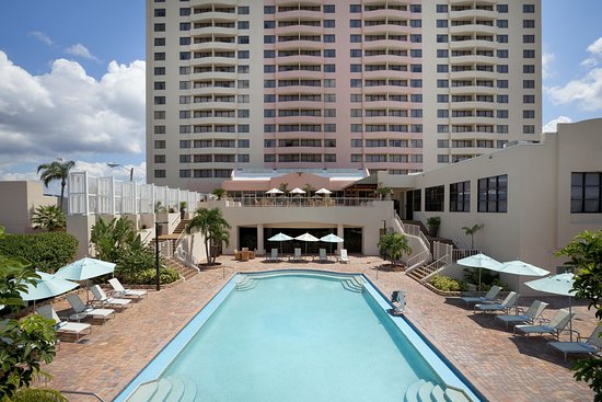 Embassy Suites by Hilton Tampa Airport Westshore Hotel