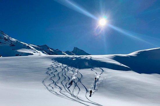 Bekker Mountain Travel