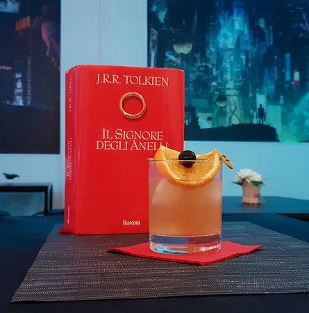 """Il """"Whiskey Sauron"""" uno dei nostri cocktail a tema !"""