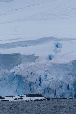 Paradise Harbour: Ein Gletscher in der Nähe der Base
