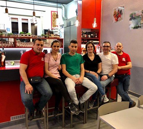 Jo - Félix's Pizza 2020 Jorge, Filipa, Alberto, Lia, Félix, Amarino