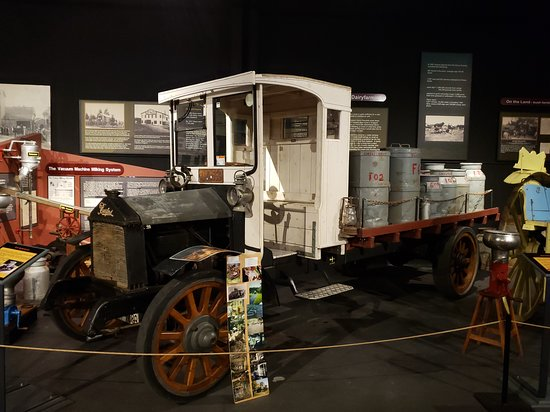 Feilding, New Zealand: 1912 Burford Lorry, converted to a milk truck