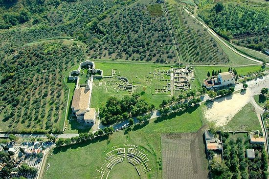 Guida turistica di Venosa: uno dei più importanti luoghi romani