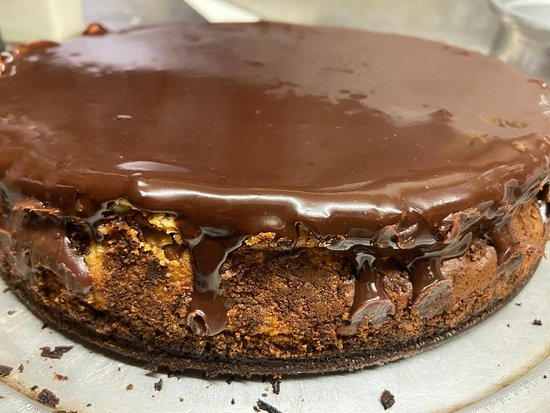 Sweet Home, OR: Walnut brownie crusted cheesecake with chocolate ganache! Tonight at Spoleto's!