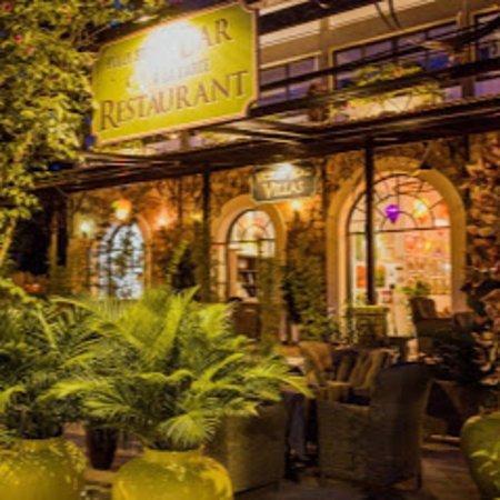 Victory Road Villas - The Villas Restaurant