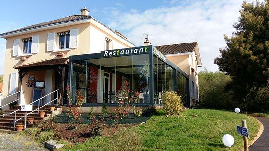 La Chevroliere, Франция: extérieur du restaurant