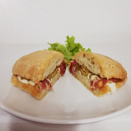 Freshly made sandwiches with homemade bread and fresh products from Italy