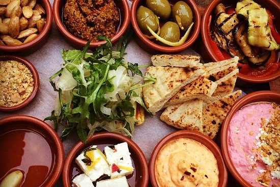 Tradisjonell mat og kulturelle smaker...