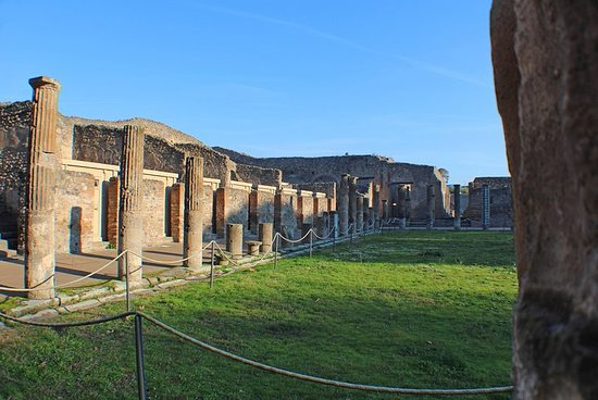 Pompeii Must-See Attractions Guided Tour with Skip-the-Line Access Φωτογραφία
