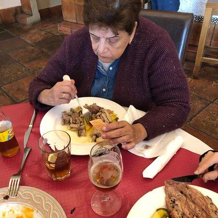 Albuñuelas, España: mas lomo al ajillo