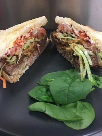 All day Lunch Steak Sandwich