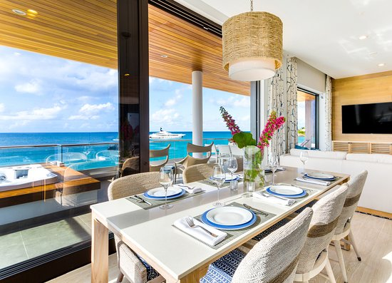 Beachfront Penthouse Dining Area