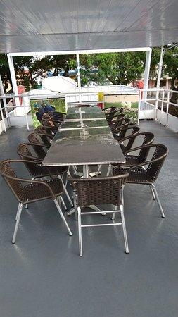 Porto Joffre: Deck