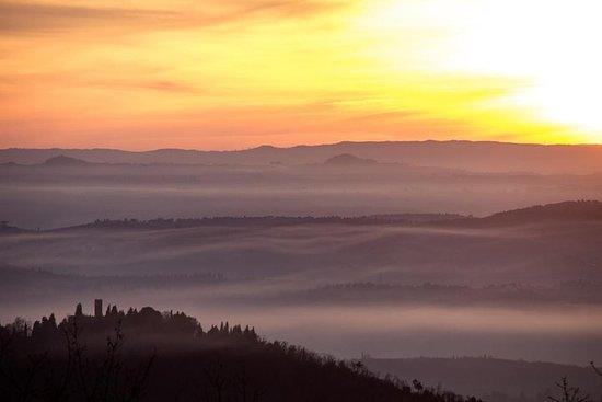 Escursione al tramonto sulle colline