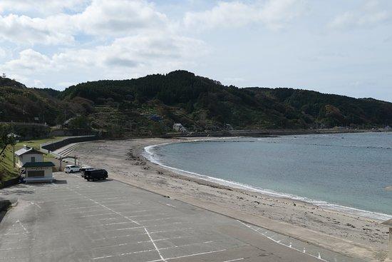 荒々しい海岸線のイメージの能登半島ですがここはとても穏やかな場所でした。