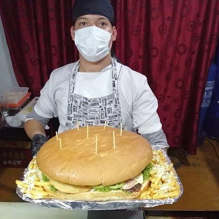 Santa Rosa del Sur, Колумбия: La Reyna de las hamburguesas #Dondecoba