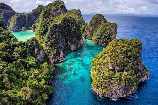 Discover the Wonderful Phi Phi...