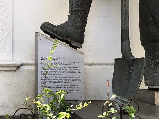Old Mac Statue