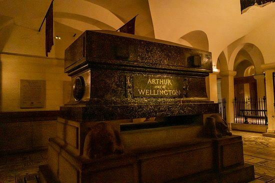 St Paul's Cathedral Admission Ticket: Wellington's Tomb