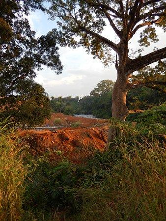 Port Loko, Sierra Leone: Dam under construction