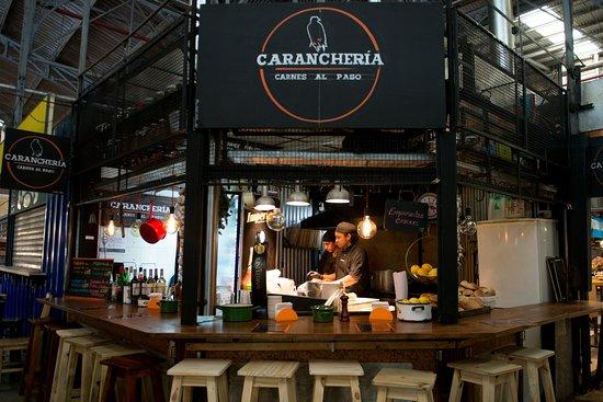 Asi se ve nuestro puesto en el Mercado de San Telmo