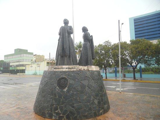 Monumento A Las Hermanas Mirabal