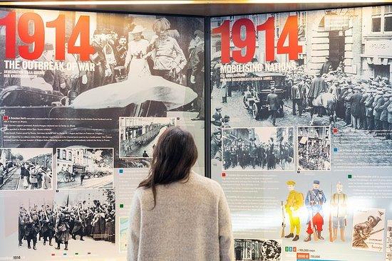 Somme Battlefield Kleingruppentagestour mit Mittagessen ab Paris