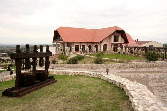 Old Orhei - Chateau Vartely Winery