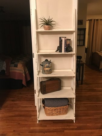 Ava, MO: Cute shelf in living room - family was in the living room so no photo of the couch, small table and chair or the TV - sorry.