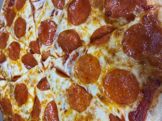 New Salem, ND: Pepperoni Pizza