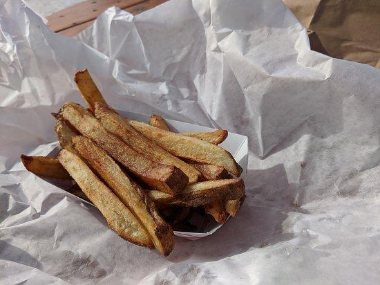 Carleton, MI: Small Fries
