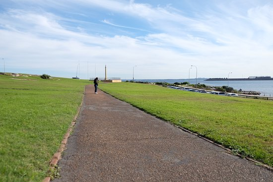 A wide and long stroll, run path