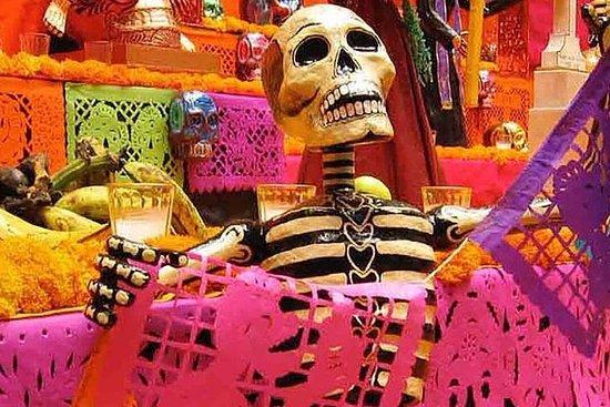 Feirer dagen for de døde i Chignahuapan-turneen