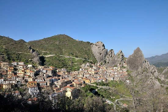 Private guide Castelmezzano, one of the most beautiful villages in...