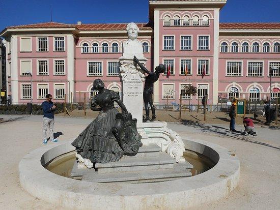 Monumento a Ramon de Mesonero Romanos