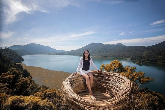 North Bali Tour - Visiting Rice Terrace, Lake, Waterfall, Temple and Hot Spring Φωτογραφία